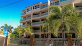 Front Beach Luxury Apartment - Rincon Hotels