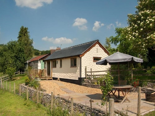 Holiday Home in the Woods With Solar Panels and a Spacious Garden