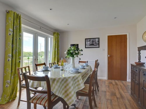 Spacious, Detached Home With Terrace and Heated Swimming Pool