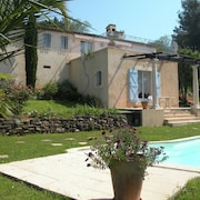 Villa With Beautiful View, Private Pool, Garden and Near the Perfume Town Grasse