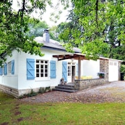 Comfortably Furnished Bungalow With Large Garden and Barbecue