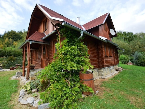 Luxury Detached Wooden House With Swimming Pool, Perfect for Families With Children