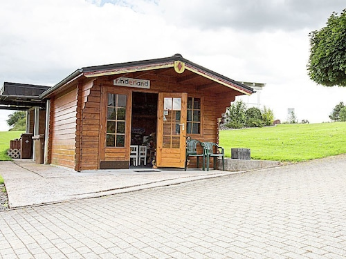A Luxury Holiday Home With Sauna, Whirlpool and Fitness Equipment