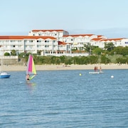 Just 4 Person Apartment in Residence in Fouras, Plenty of Water Sports