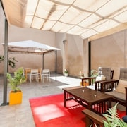 Apartment in Barcelona With Terrace, Air Conditioning, Washing Machine