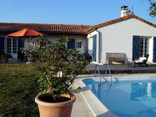 Comfortable Villa With a Private Swimming Pool, Located in a Golf Resort With Facilities