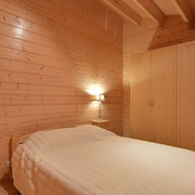 Comfortable and Cosy Chalet With AC, and Garden Bordering the Kesselse Heide