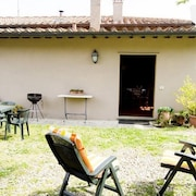 Country House in Polcanto With Parking, Washing Machine