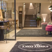 Two Timez Boutique Hotel
