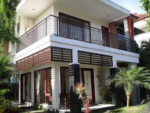 Batu Holiday Rentals: 10 Best Accommodation in Batu of 2019