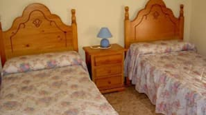 2 bedrooms, iron/ironing board, free cribs/infant beds, rollaway beds