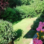 Quiet Bungalow With Fabulous Garden Just 35 Minutes From Vienna