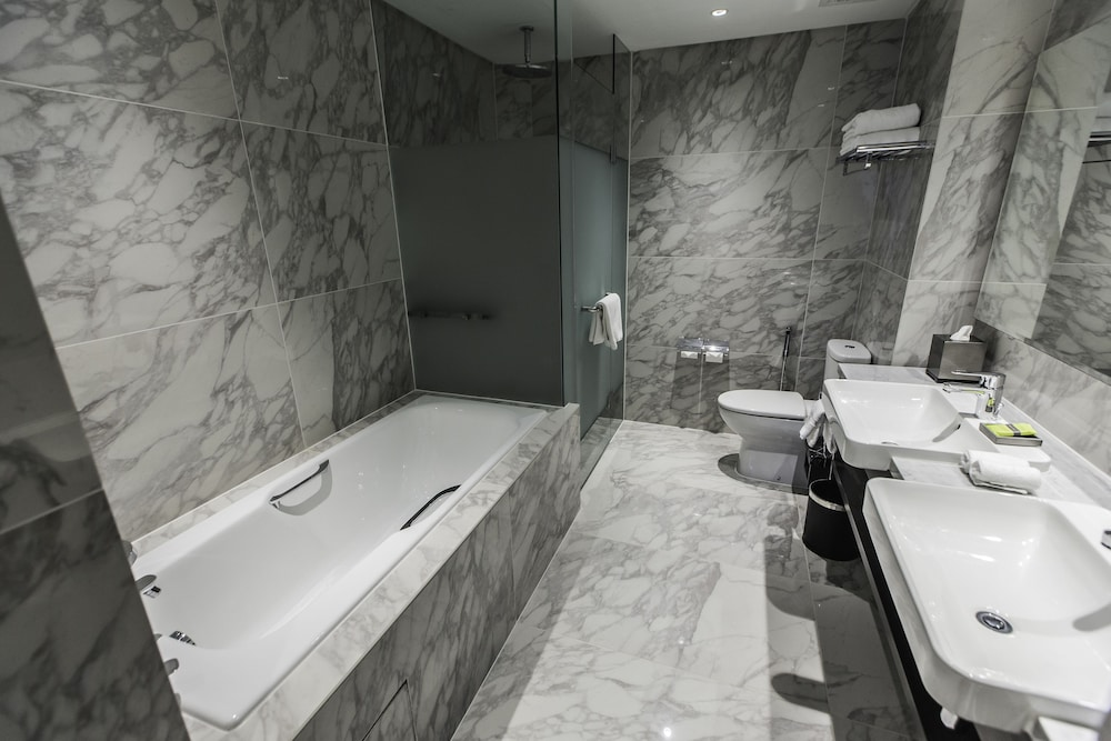 The 6 Best Hotels Near Petronas Twin Towers, Kuala Lumpur