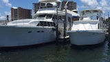 Classic Yacht Rentals at FloraBama - Orange Beach Hotels