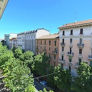 Apartment in Milan With Air Conditioning, Lift, Internet, Washing Machine