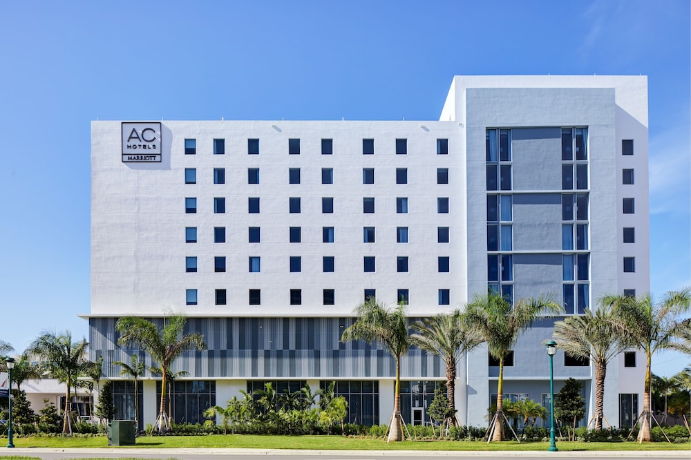 Front of Property, AC Hotel by Marriott Miami Aventura