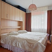 Apartment in Hanover With Internet, Parking, Balcony, Washing Machine