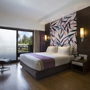 Purple Palms Resort & Spa