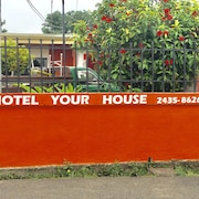 Hotel Your House