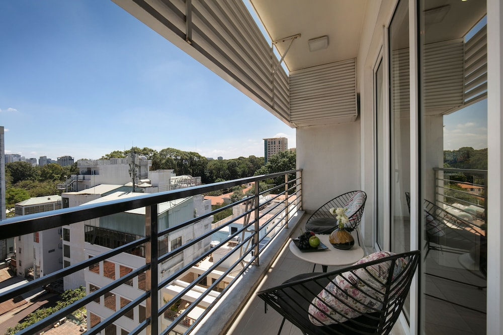 Terrace/Patio, Poonsa Serviced Apartment