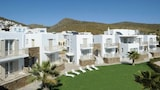 Ninemia Suites - Tinos Hotels