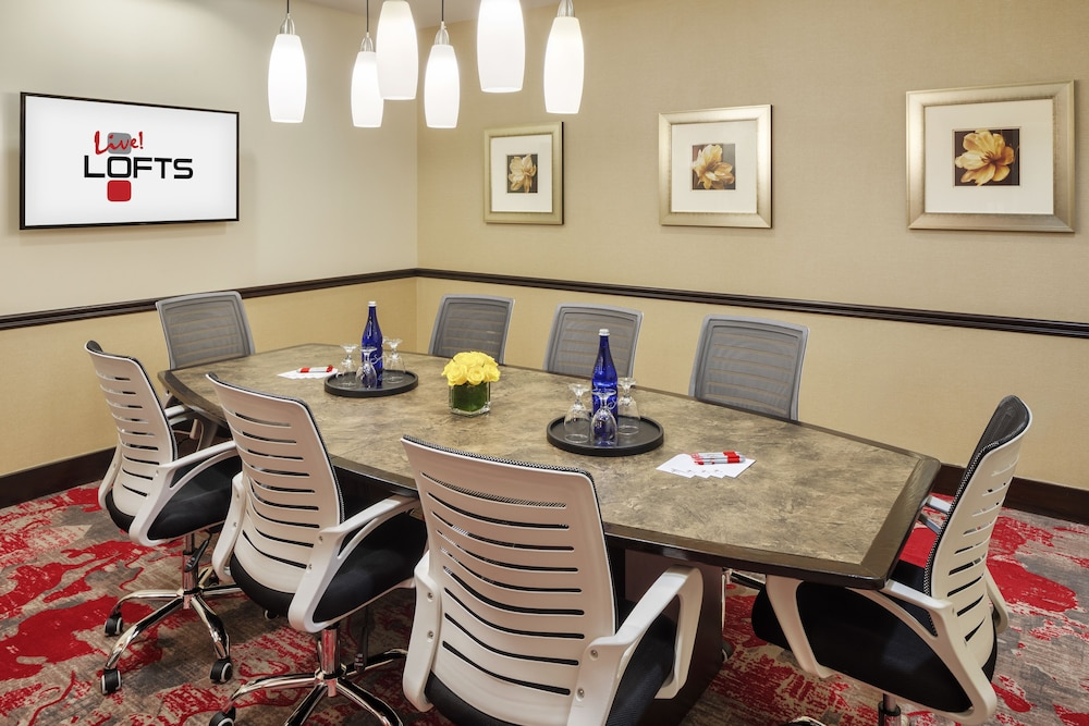 Meeting Facility, Live! Lofts - Hotel & Suites - Baltimore Washington Airport - BWI