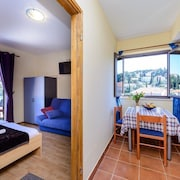 Apartment in the Center of Cavtat With Air Conditioning, Parking, Balcony