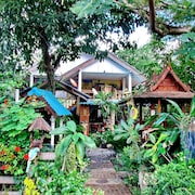 Lake Side Villa & Villa Homestay