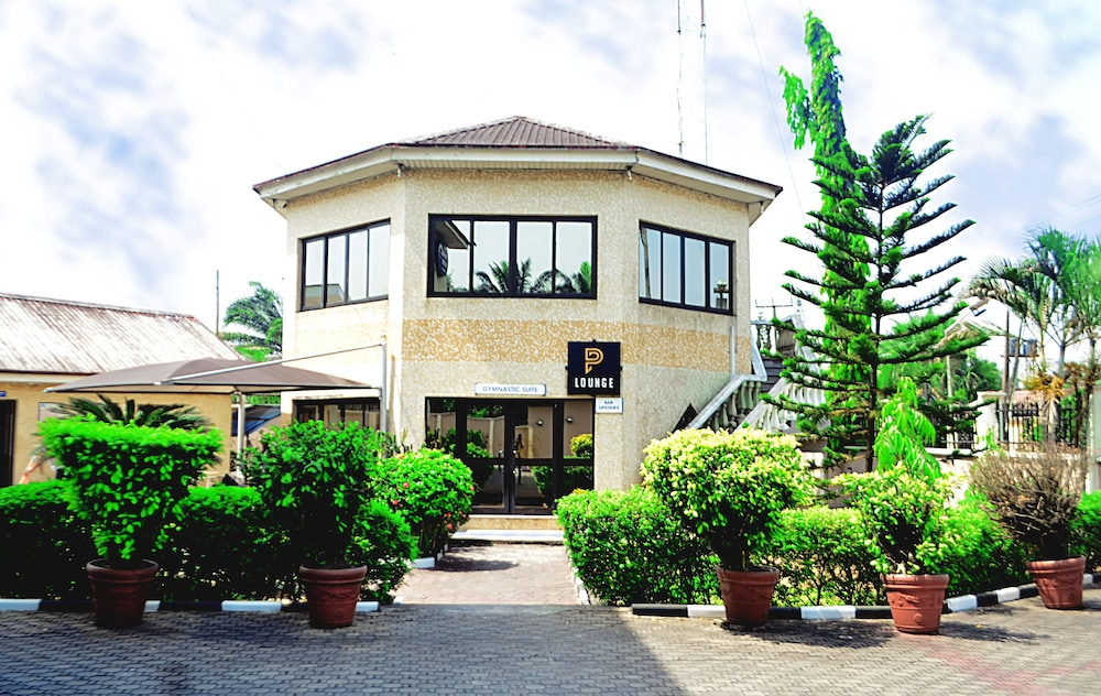 Featured Image, Peemos Place Warri