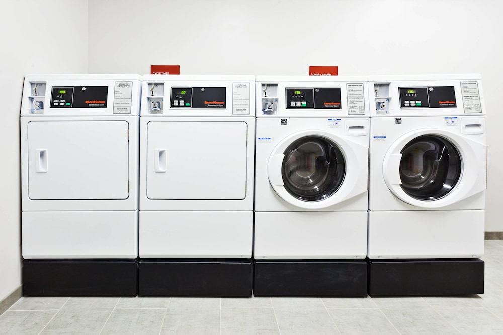 Laundry, TownePlace Suites Dothan