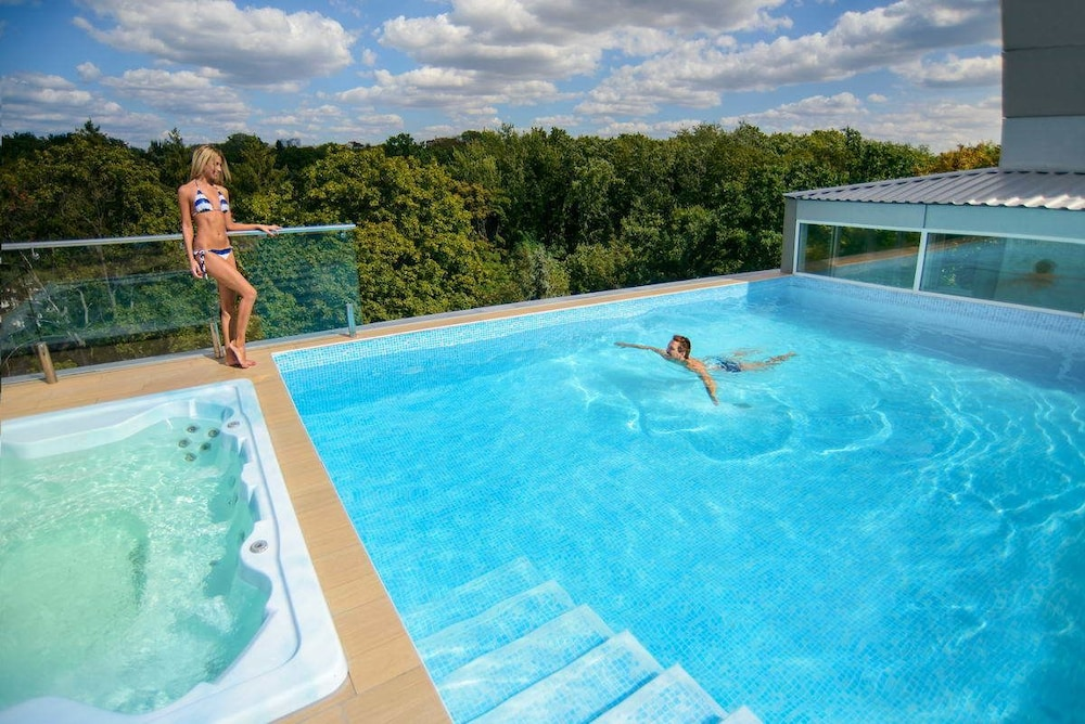 Spa Hotel Nemo With Dolphins Reviews Photos Amp Rates
