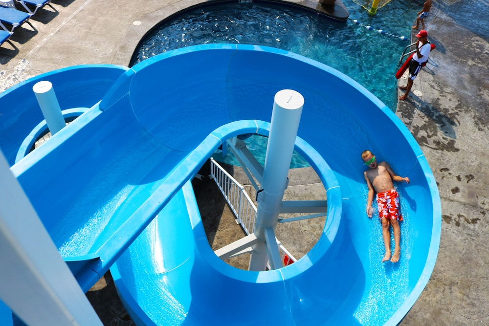 Waterslide, Stormy Point Village Lakeside