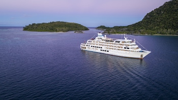 Captain Cook Cruises, Fiji's Cruise line - All inclusive & Departs most Tuesdays and Saturdays