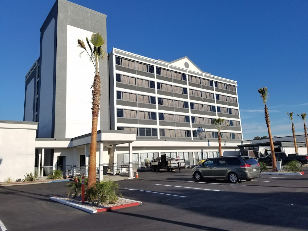 Cheap Hotels Near Oakland Airport