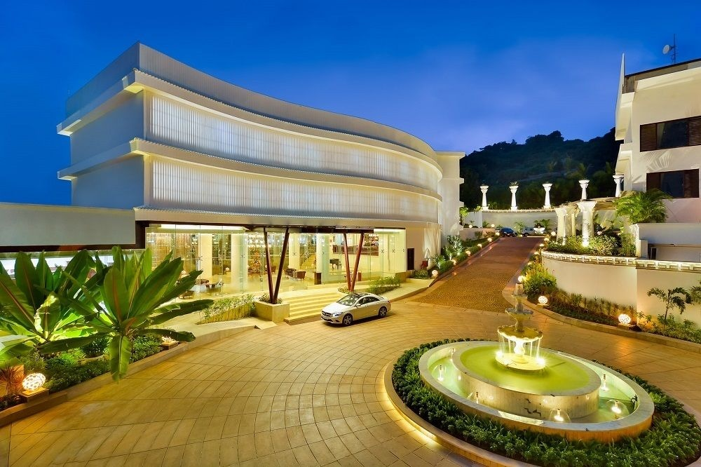 Park regis goa arpora 2017 reviews hotel booking for E booking hotel