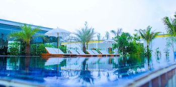 Long Set Resort