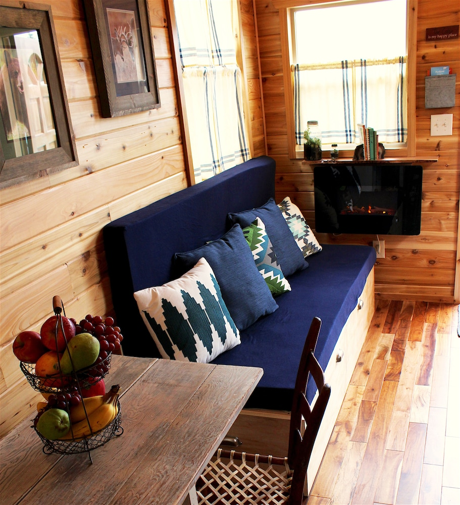 Living Area, Tiny Digs-Hotel of Tiny Houses