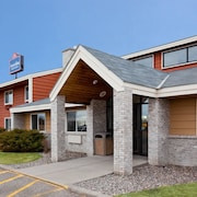 AmericInn Lodge and Suites Little Falls