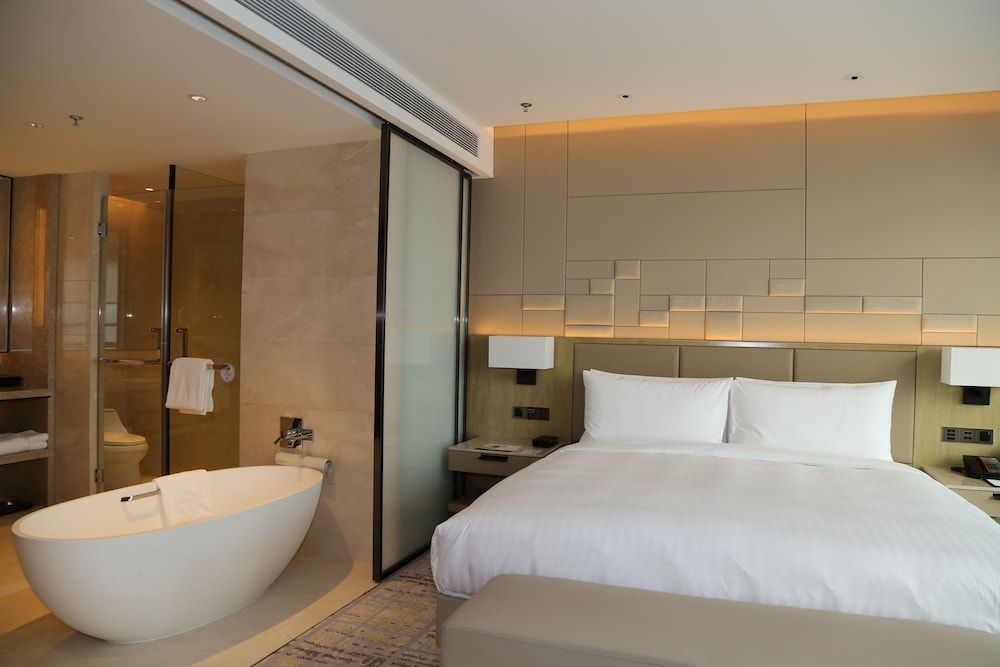 Bathroom, Chengdu Marriott Hotel Financial Centre