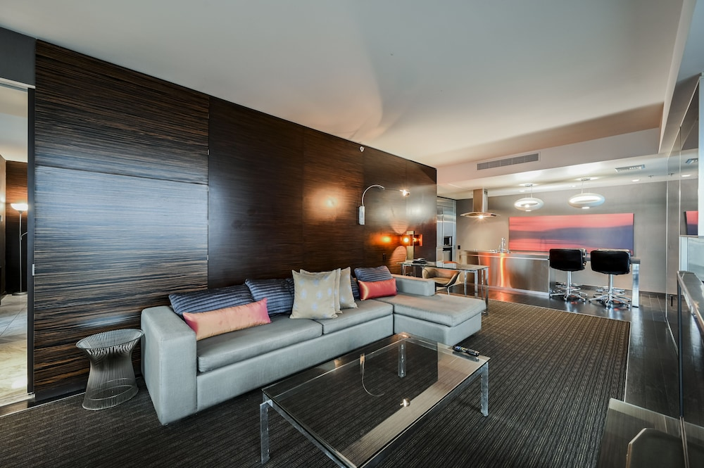Living Area, StripViewSuites at Palms Place