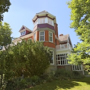 Markdale Manor Bed & Breakfast