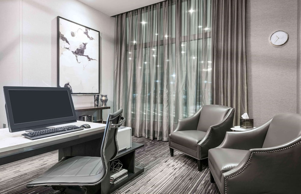Business Center, Homewood Suites by Hilton Boston Logan Airport Chelsea