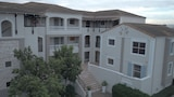 Bougain Villas Apartments - Cape Town Hotels