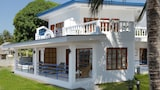 Villa in Blue - Dauin Hotels