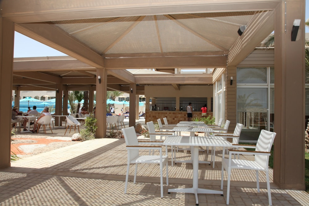 Terrace/Patio, TUI BLUE Palm Beach Palace - All Inclusive