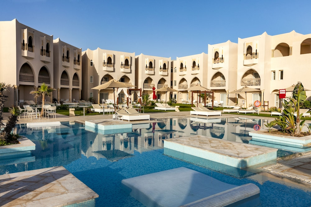Outdoor Pool, TUI BLUE Palm Beach Palace - All Inclusive