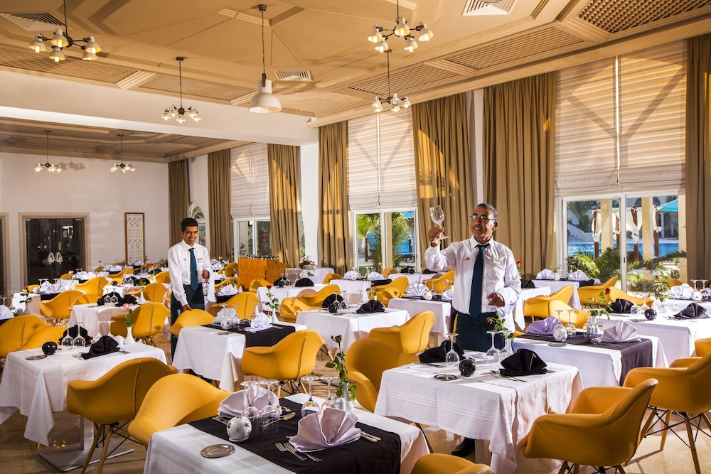 Restaurant, TUI BLUE Palm Beach Palace - All Inclusive