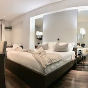 Athens Luxury Suites