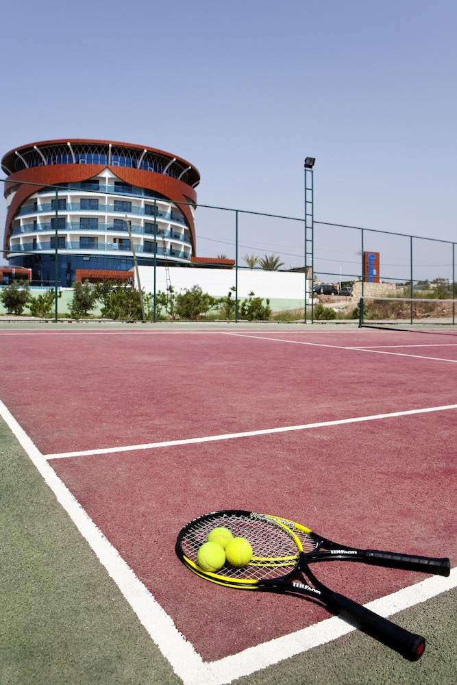 Tennis Court, Granada Luxury Resort Okurcalar - All Inclusive