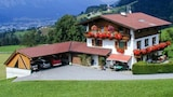 Tyrolean style flat with balcony - Weerberg Hotels